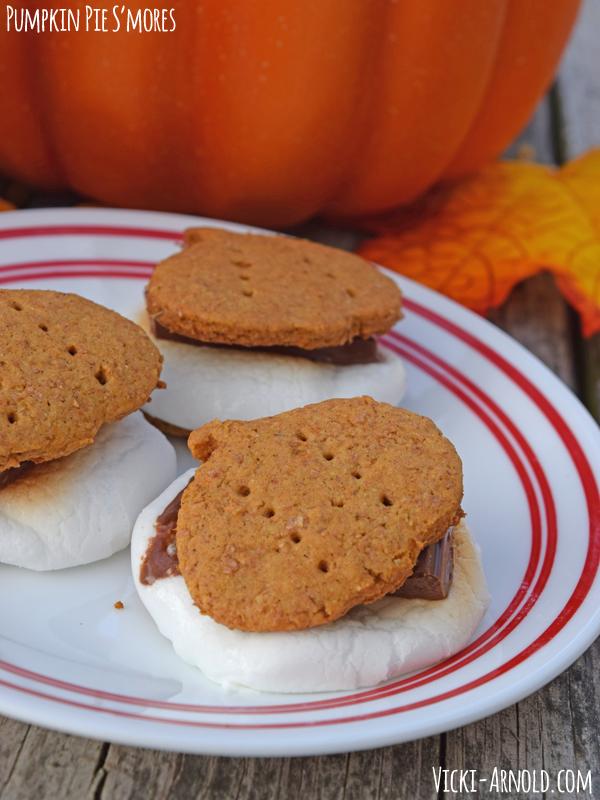 Pumpkin Pie S'Mores | Vicki-Arnold.com