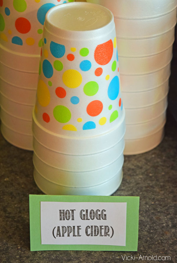 Food Ideas for a Frozen Theme Party - Hot Glogg