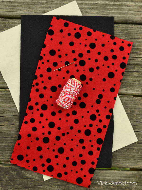 DIY Ladybug Bunting - Simple Sewing Craft